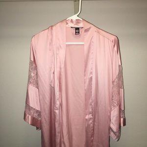 Victoria's Secret short sleeve robe
